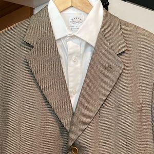 Canali Silk-Wool Sport Coat. Size 54R IT / 43R US.